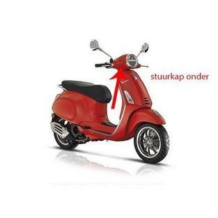 | stuurkap primavera mat rood 896 / a onder piaggio origineel 1b005469000s8